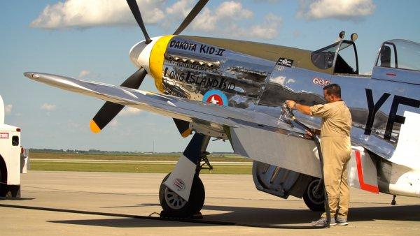「ロールス・ロイス」を搭載したエース戦闘機、P-51マスタング取材記【名車の起源に名機あり】