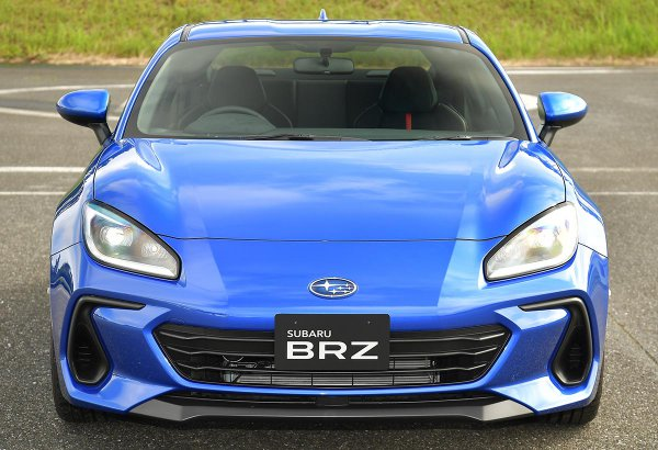 間もなく予約開始!! 2.4Lに排気量アップして気になる新型スバルBRZの価格は……!?