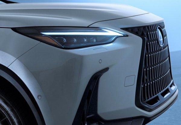 大ヒット確実! 新型レクサスNXが8月19日から先行受注スタート! 価格は455万円~ レクサス初のPHEVも登場 その驚愕な中身とは