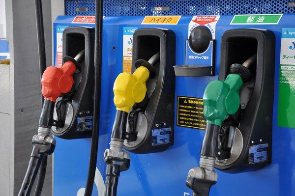 ガソリン価格高騰中 酷暑に燃費とエアコンを両立させる運転術