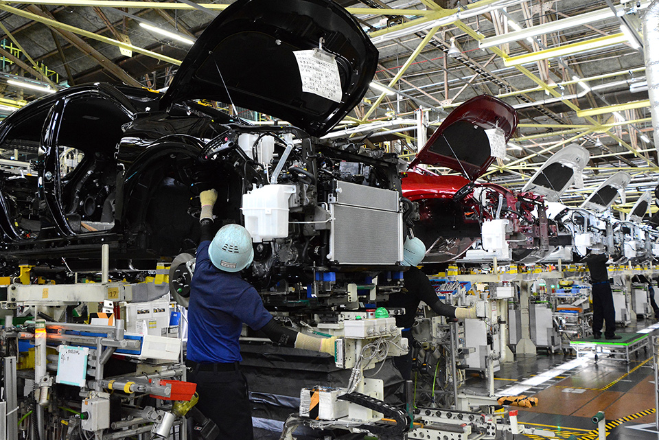 半導体不足の原因は? 工場の稼働停止による減産はいつまで続くのか?