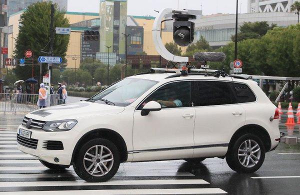 これぞ人間工学の叡智 パラリンピック車いすマラソンの雄姿と珍しい先導車たち