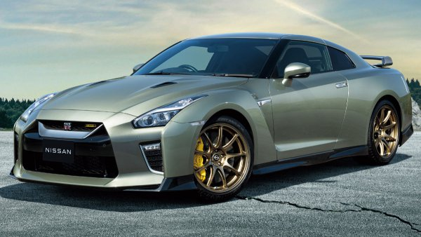 日産の誇り GT-Rよどこへ行く 15年目を迎え2022年仕様発売の意義と可能性