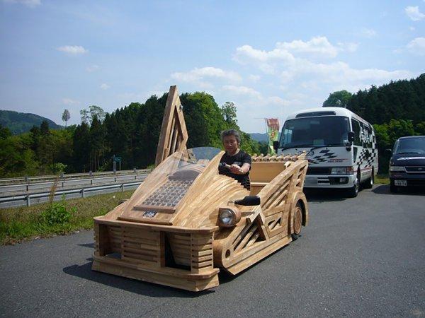 フワちゃんに学び、打倒フェラーリ! 職人社長が創った『木製スーパーカー・真庭』に世界が注目する理由とは?