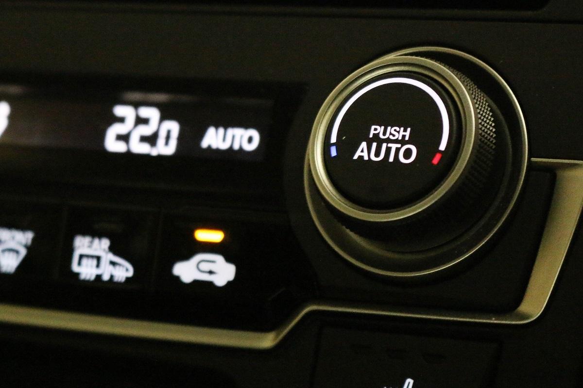 車のオートエアコン その効能と...