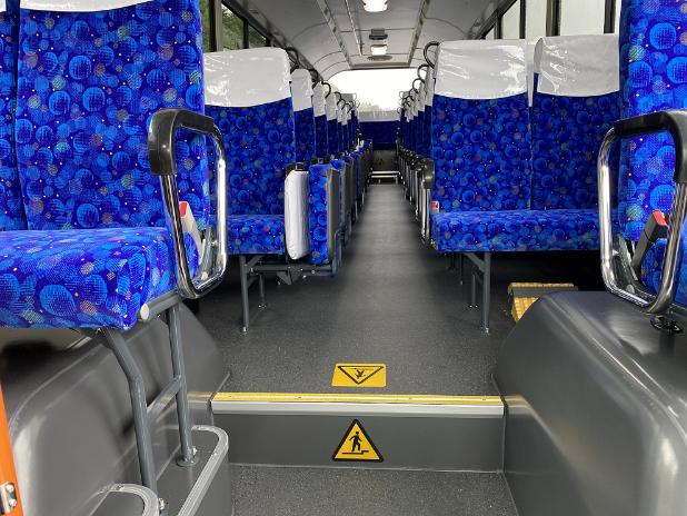 三菱ふそうが大型送迎バス「エアロスター前扉仕様車」を発売開始!